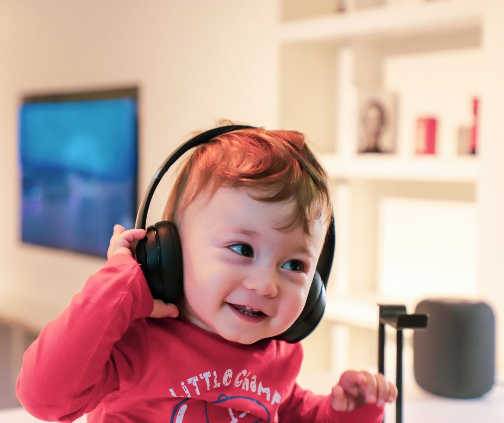 child using headphones