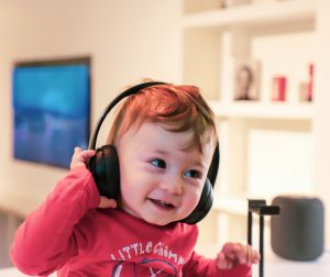 child using headphones